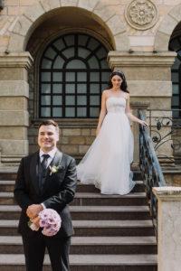 и Настя 201 — копия Первая встреча жениха и невесты в свадебный день.