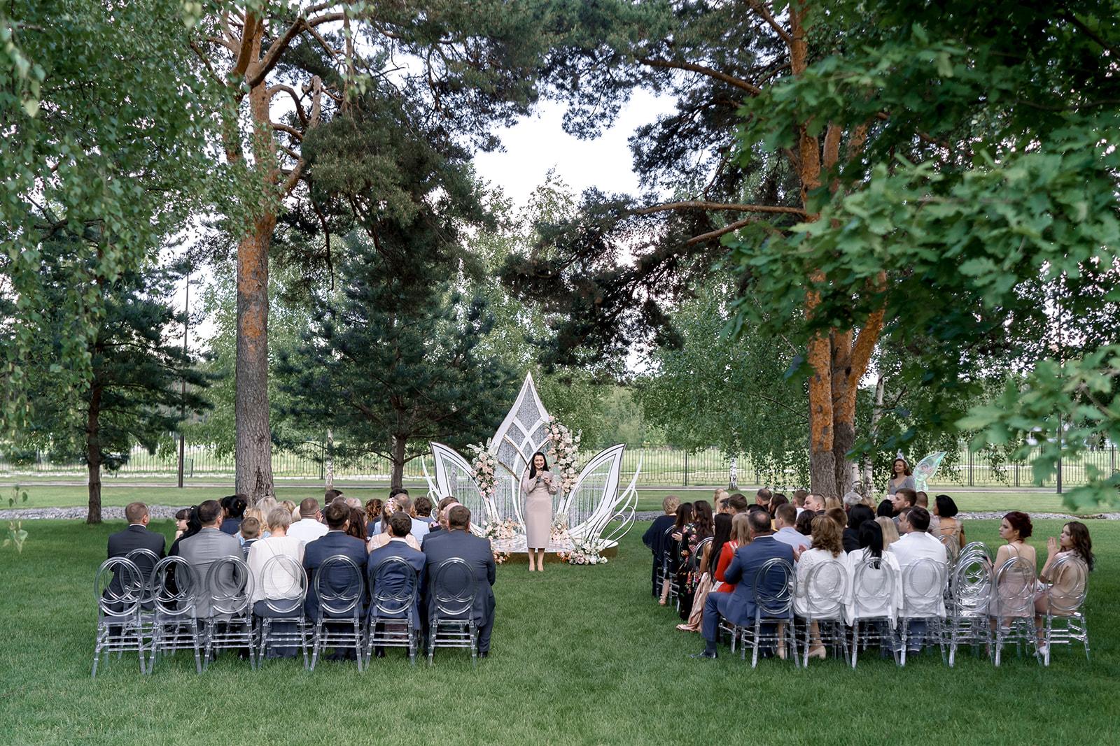 Свадьба в Шале Березка. Ведущая церемоний Евгения Кор. Фотограф Роман Иванов