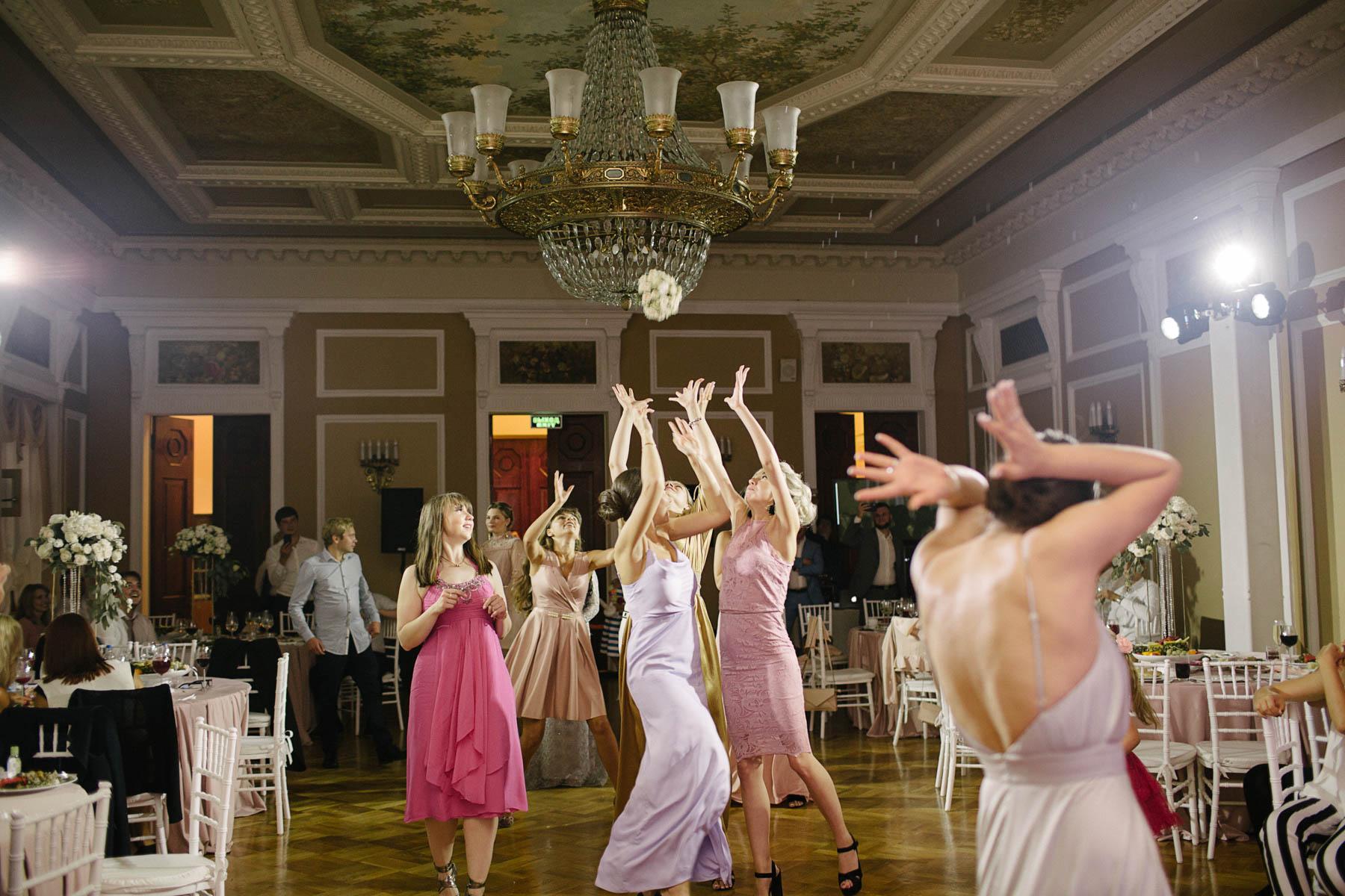Букет невесты. Свадьба в пансионате Морозовка