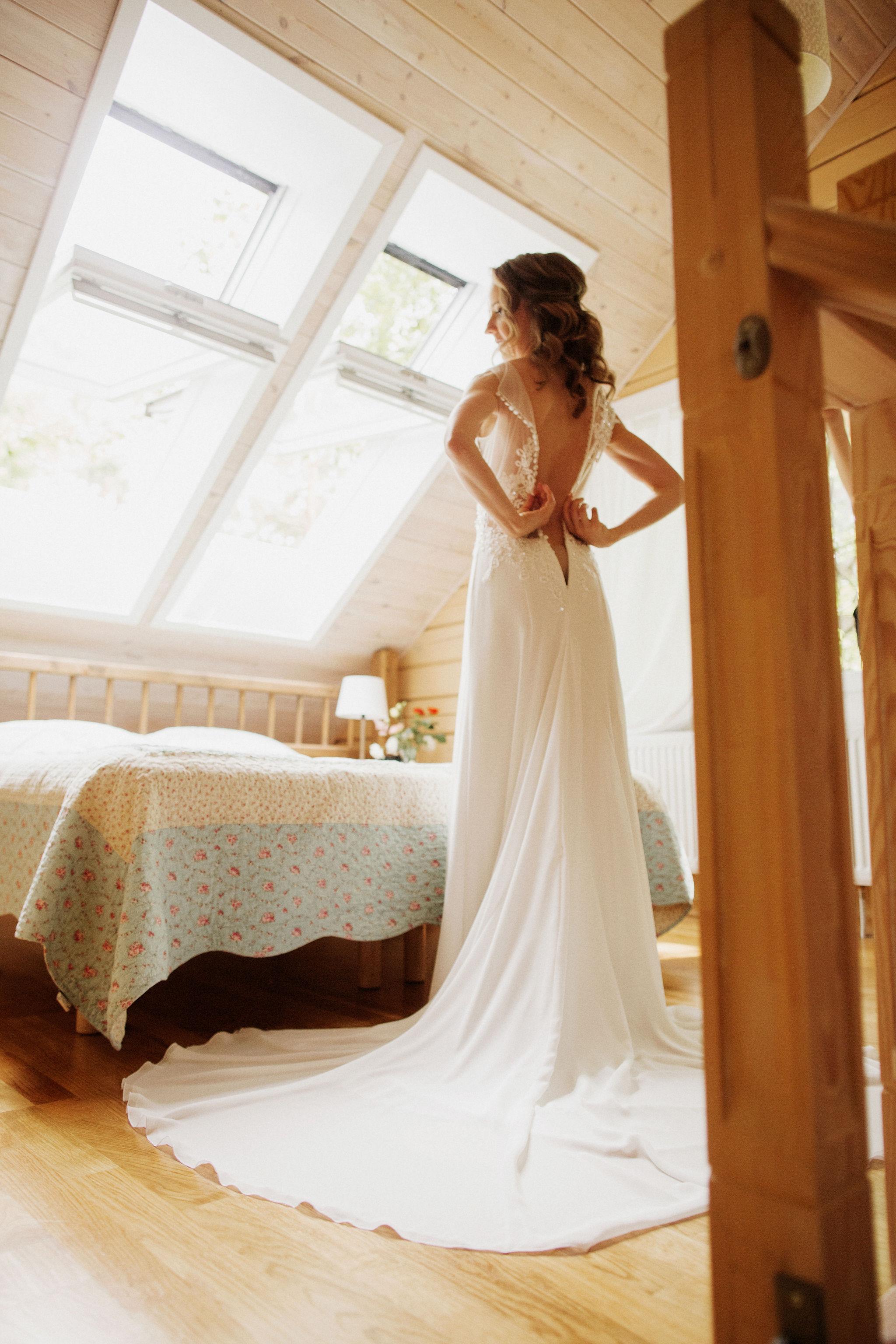 Сборы невесты в отеле Pine River