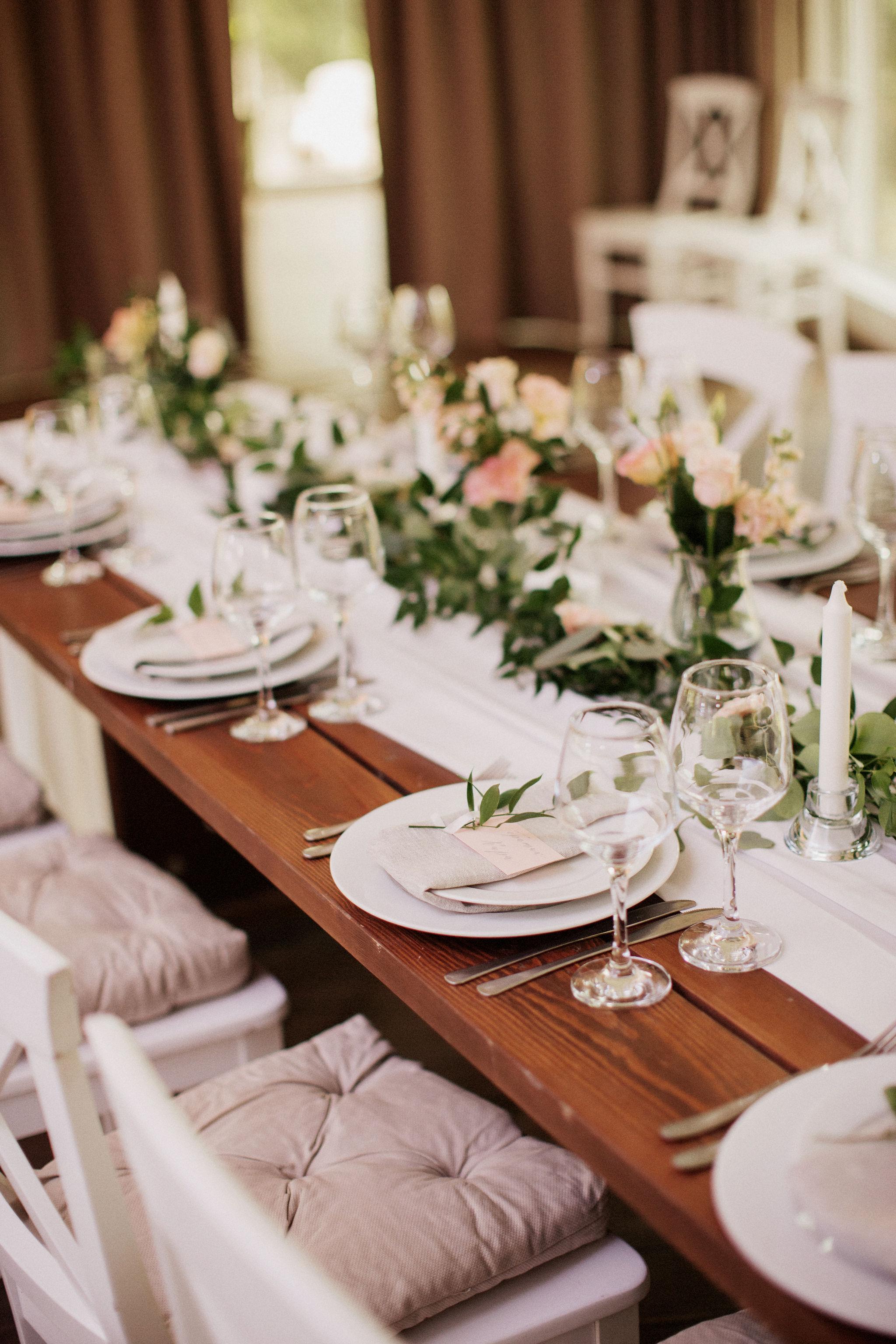 Рустикальное оформление свадьбы