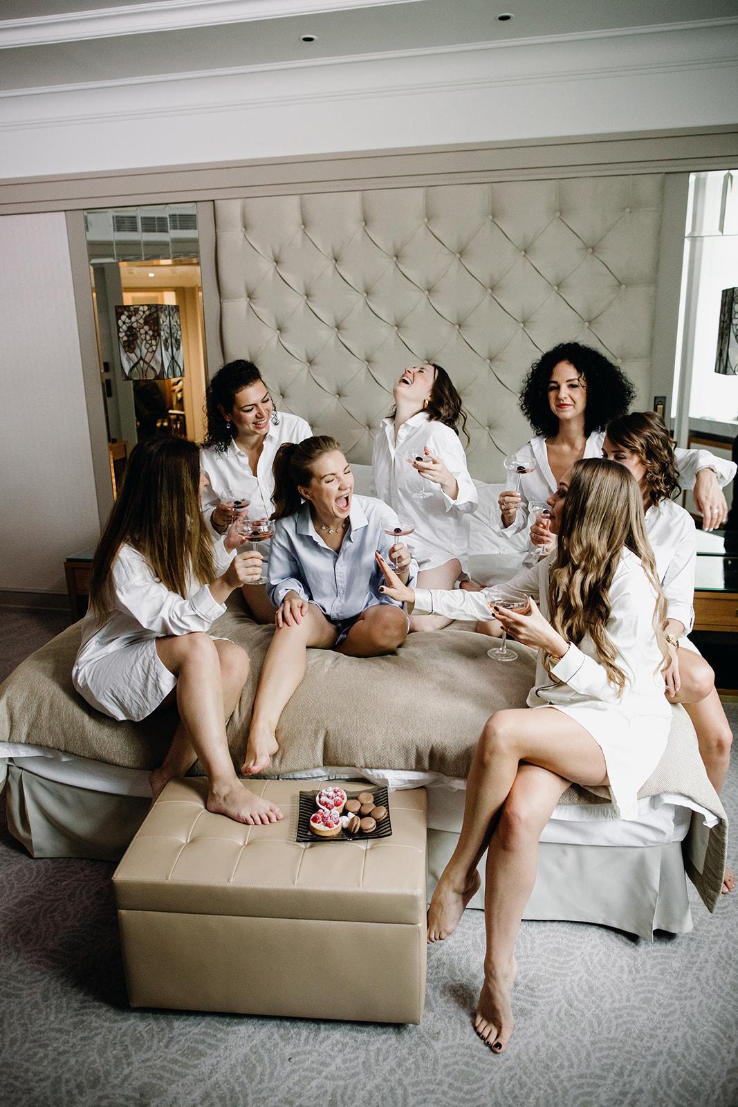 Утро невесты с подружками. Отель Метрополь.