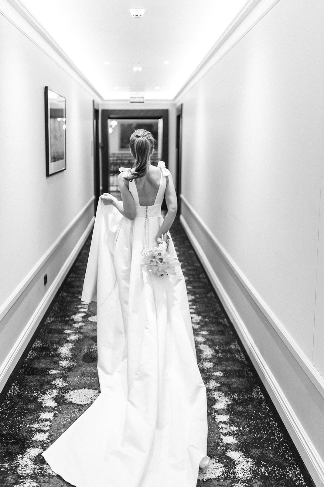 Утро невесты. Отель Метрополь. Фотограф Арсений Прусаков
