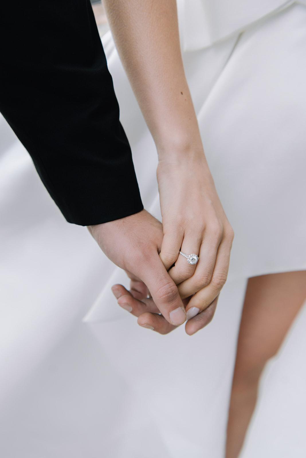 Tiffany помолвочное кольцо